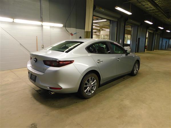 Mazda Mazda3 2019 - Image #4