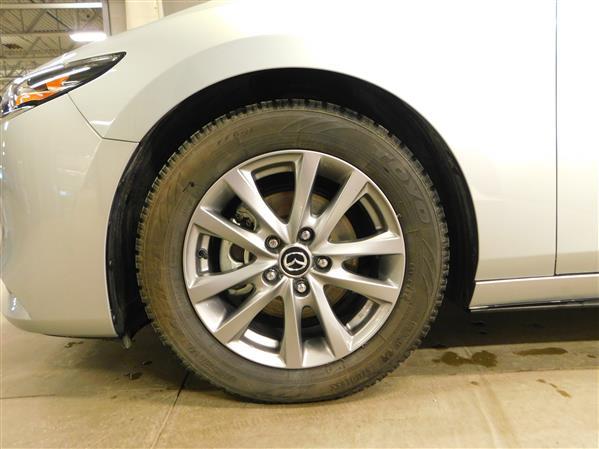 Mazda Mazda3 2019 - Image #23