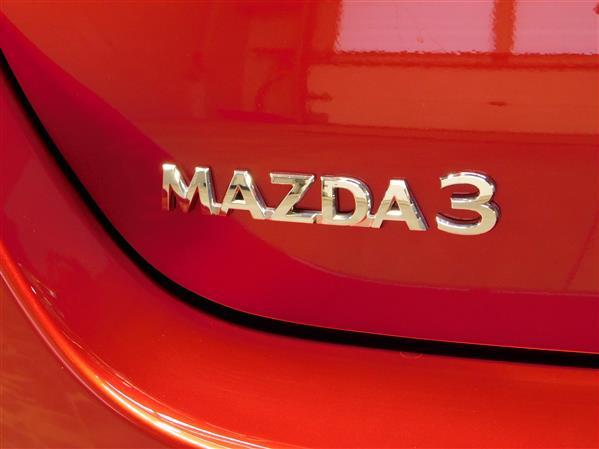 Mazda Mazda3 2019 - Image #24