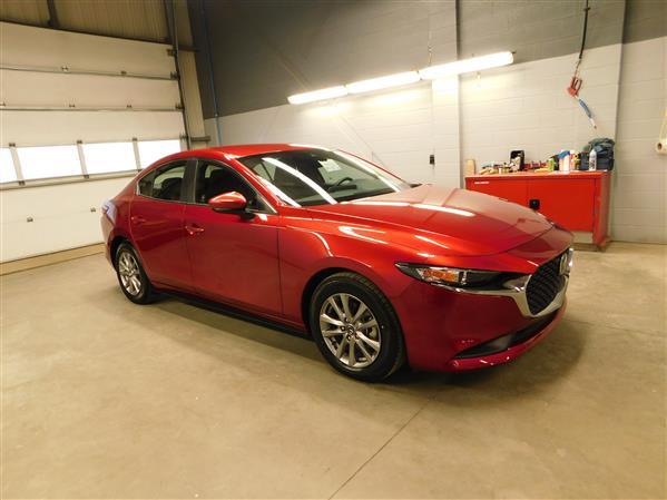 Mazda Mazda3 2019 - Image #3