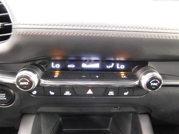 Mazda Mazda3 Sport 2020 - Image #15