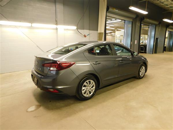 Hyundai Elantra 2020 - Image #4