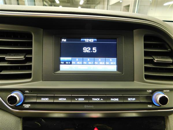 Hyundai Elantra 2020 - Image #17