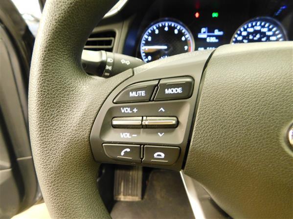 Hyundai Elantra 2020 - Image #19