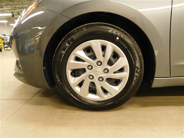 Hyundai Elantra 2020 - Image #23