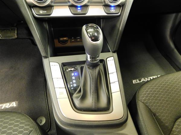 Hyundai Elantra 2019 - Image #14