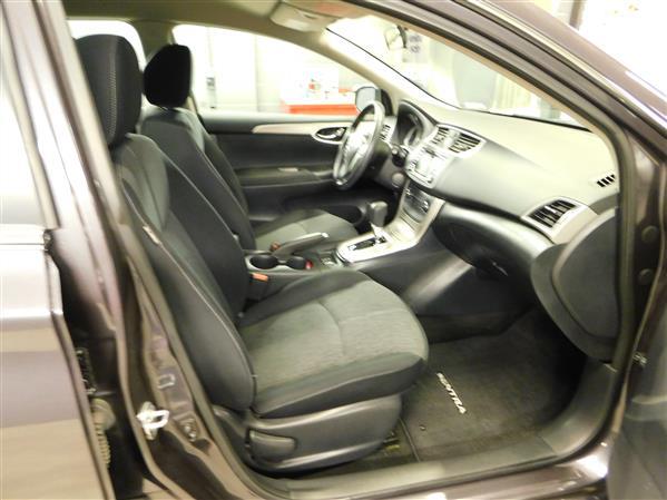 Nissan Sentra SV 2015 - image # 9