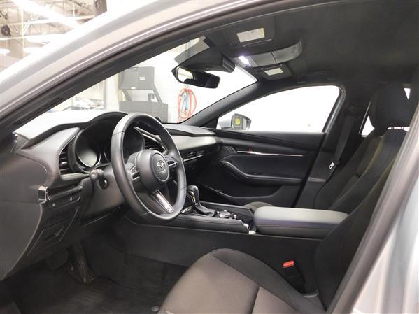 Mazda Mazda3 Sport 2020 - Image #9