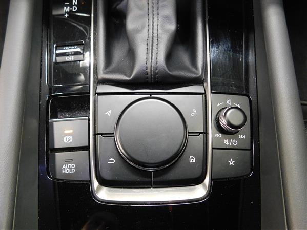 Mazda Mazda3 Sport 2020 - Image #14