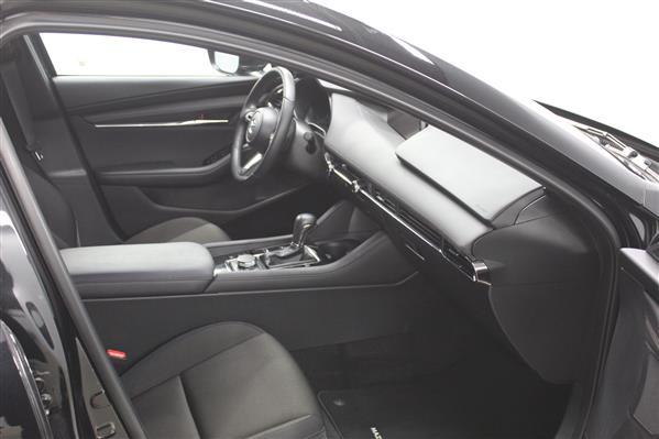 Mazda Mazda3 Sport 2020 - Image #10