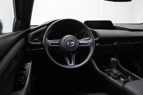 Mazda Mazda3 Sport 2020 - Image #12