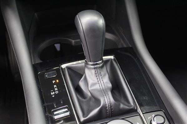 Mazda Mazda3 Sport 2020 - Image #13