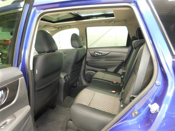 Nissan Rogue SV TOIT PANO 4RM 2019 - image # 10