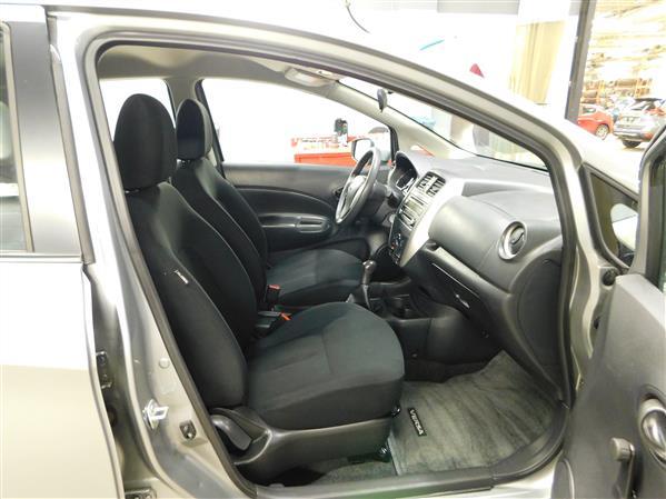 Nissan Versa Note S A/C 2015 - image # 9