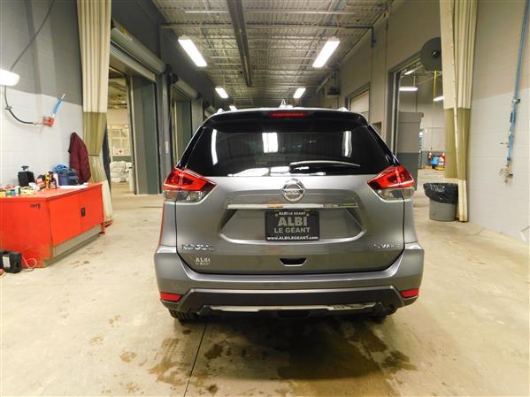 Nissan Rogue SV TOIT PANO 4RM 2019 - image # 4