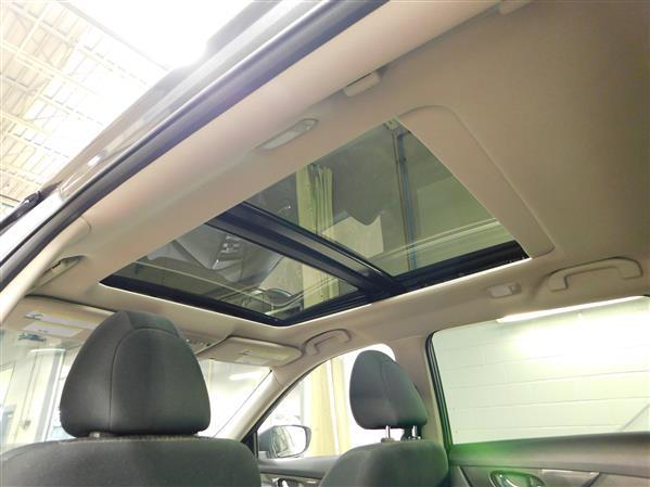 Nissan Rogue SV TOIT PANO 4RM 2019 - image # 23