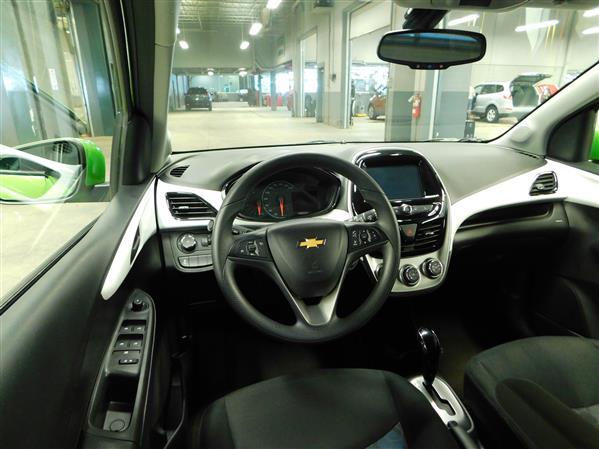 Chevrolet Spark 1LT 2016 - image # 11