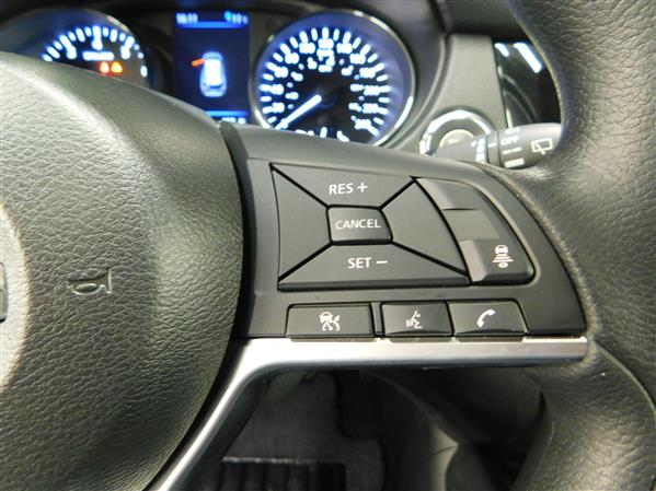 Nissan Rogue SV TOIT PANO 4RM 2019 - image # 19