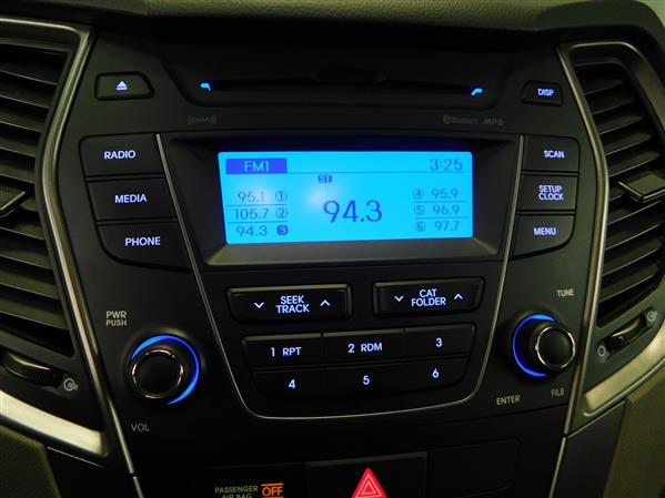 Hyundai Santa Fe 2014 - Image #17