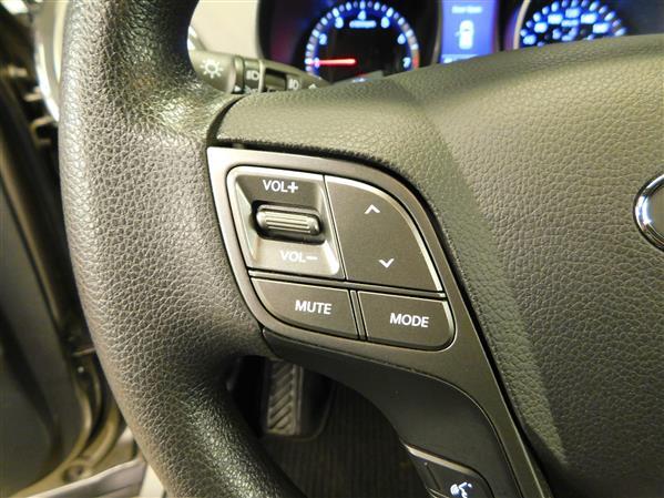 Hyundai Santa Fe 2014 - Image #18