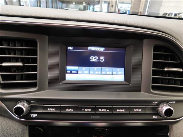 Hyundai Elantra 2020 - Image #18
