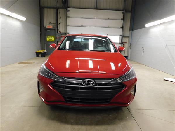 Hyundai Elantra 2020 - Image #2