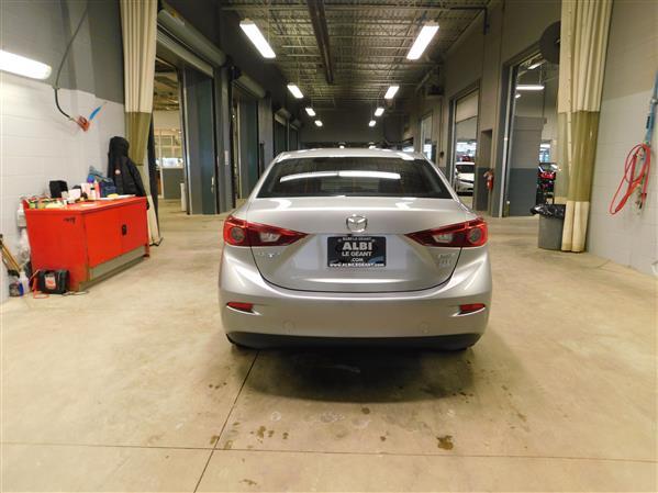 Mazda Mazda3 2016 - Image #5