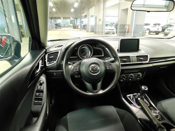 Mazda Mazda3 2016 - Image #12