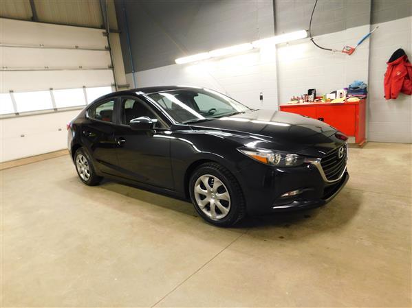 Mazda Mazda3 2018 - Image #3