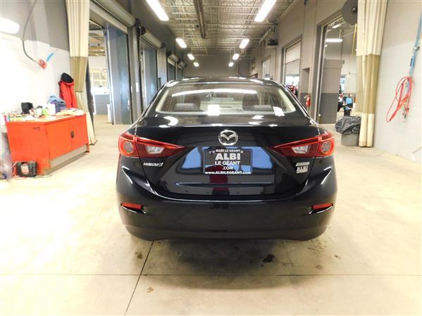 Mazda Mazda3 2018 - Image #5