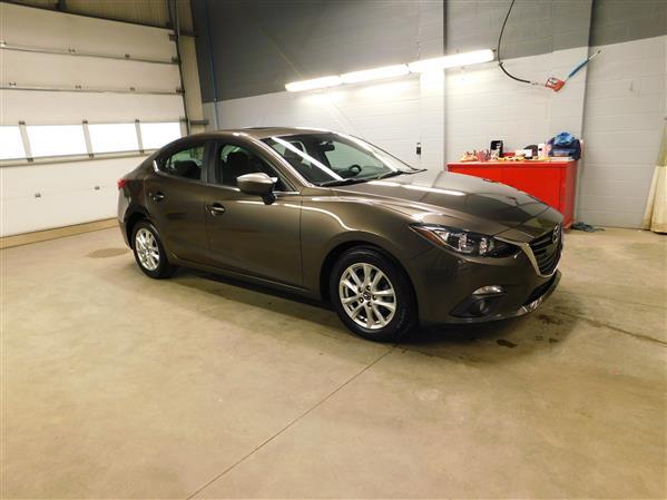 Mazda Mazda3 GS TOIT NAV 2015 - image # 2