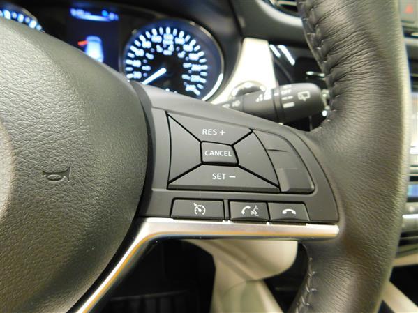 Nissan Qashqai SV TOIT 2018 - image # 21