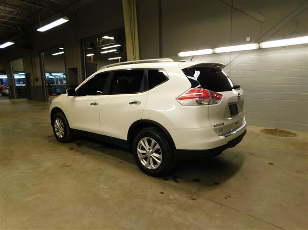 Nissan Rogue SV TECH TOIT PANO NAV 4RM 2016 - image # 5