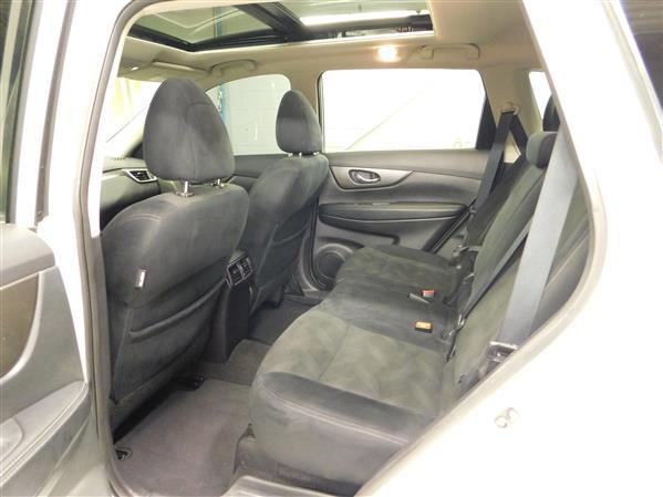 Nissan Rogue SV TECH TOIT PANO NAV 4RM 2016 - image # 11