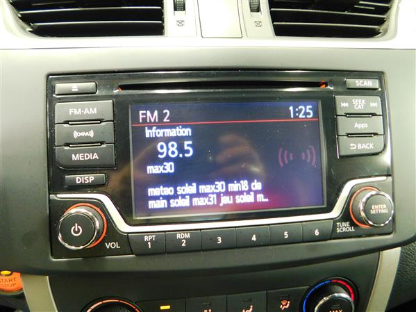 Nissan Sentra SV 2015 - image # 15