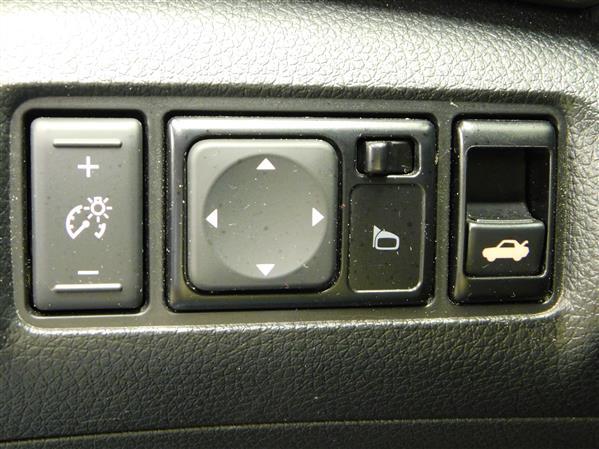 Nissan Sentra SV 2015 - image # 21