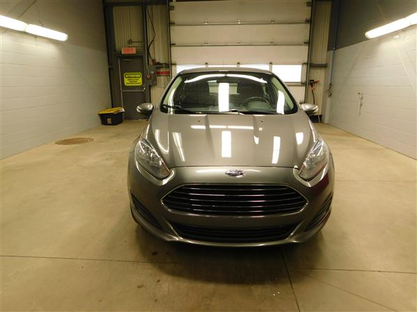 Ford Fiesta 2014 - Image #2