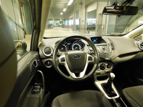 Ford Fiesta 2014 - Image #12