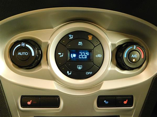 Ford Fiesta 2014 - Image #15