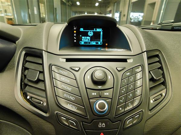 Ford Fiesta 2014 - Image #16