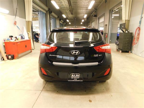 Hyundai Elantra GT 2016 - Image #5