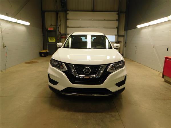 Nissan Rogue 2017 - Image #2