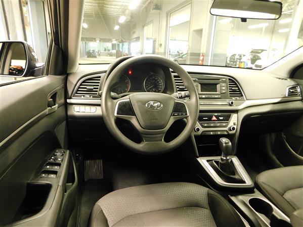 Hyundai Elantra 2017 - Image #12