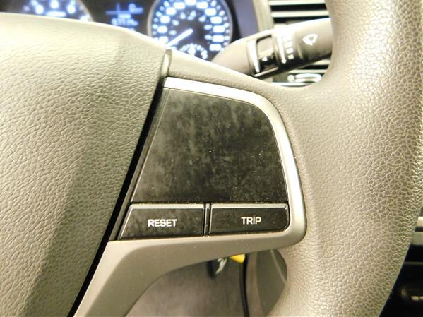 Hyundai Elantra 2017 - Image #17