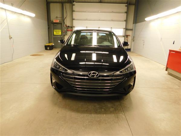 Hyundai Elantra 2019 - Image #2