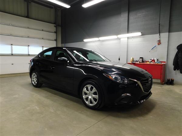 Mazda Mazda3 2016 - Image #3