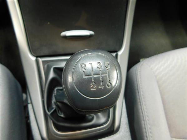 Hyundai Elantra 2016 - Image #13