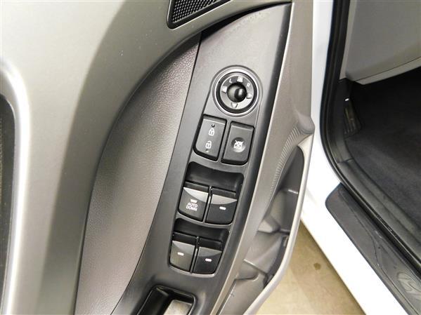 Hyundai Elantra 2016 - Image #17