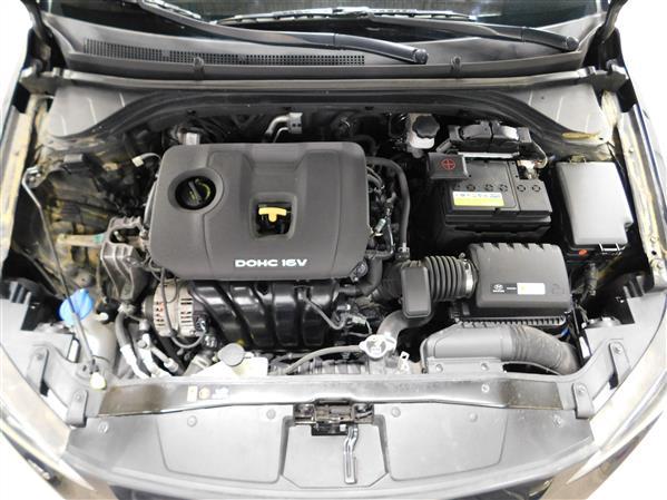 Hyundai Elantra 2017 - Image #7