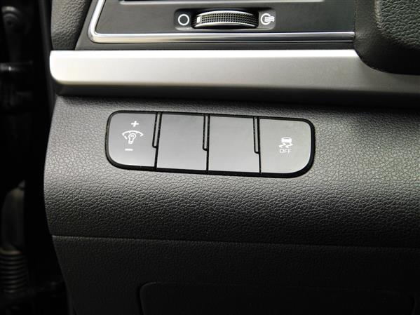Hyundai Elantra 2017 - Image #20